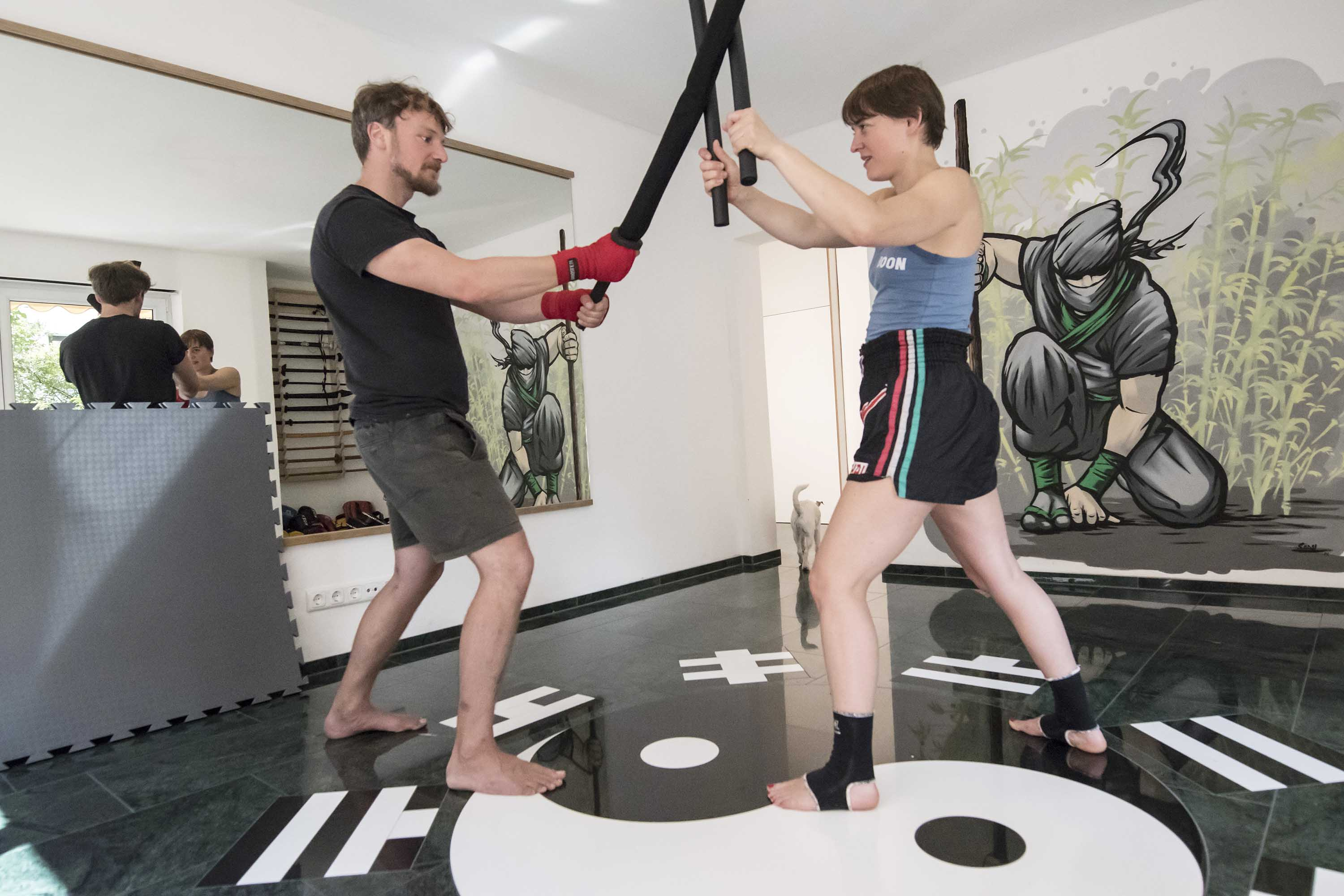 RONIN_DOJO_Traditionelles_Thaiboxen_Waffen_Training_2